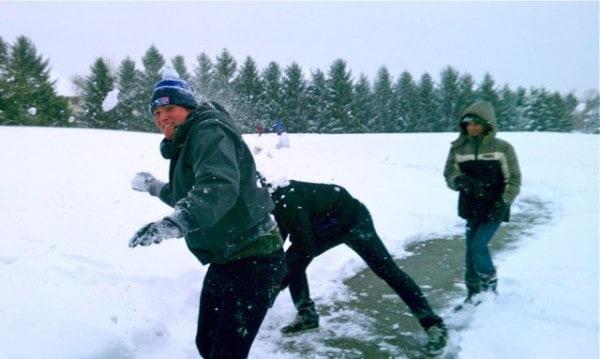snowball fight 2b