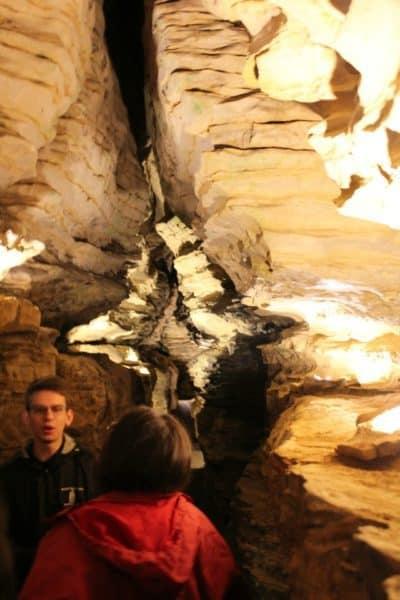 Grand Avenue - Mark Twain Cave